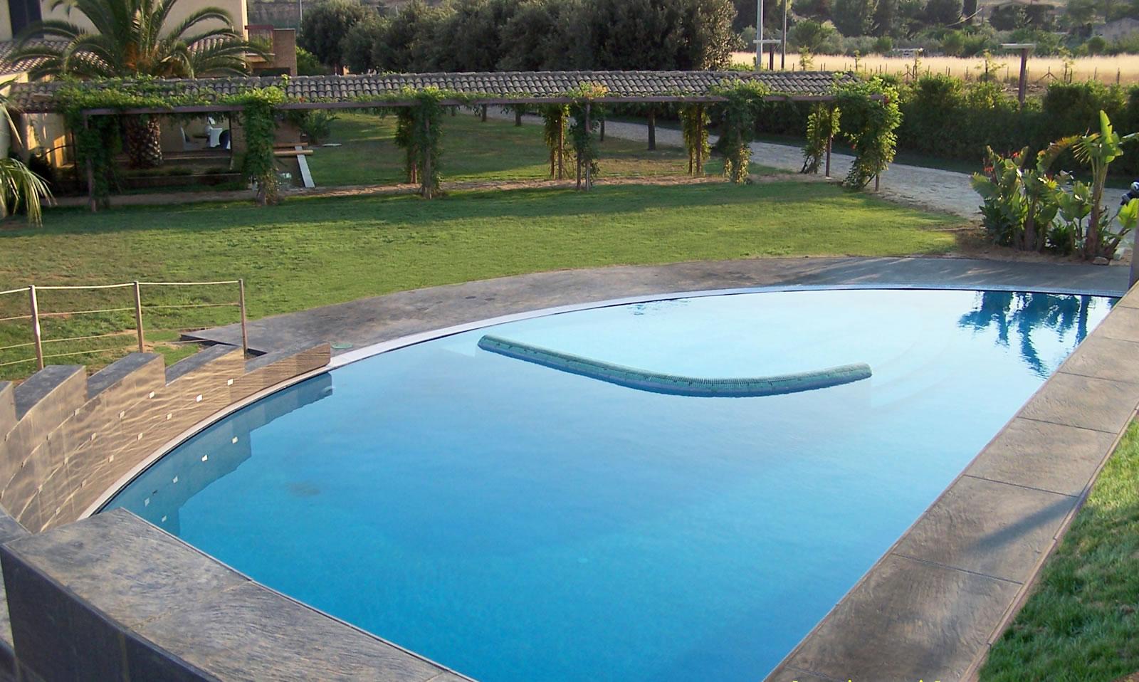 villa con piscina in campagna siciliana_ Caltagirone 1998_01